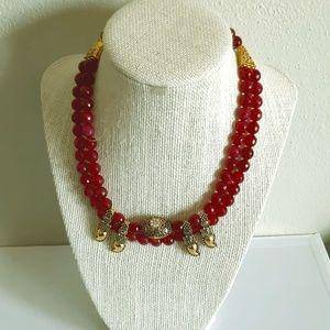Jewelry - BRAND NEW Read beaded necklace